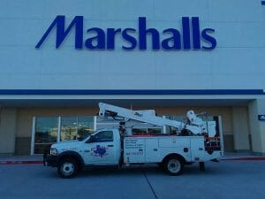 channel letter sign fabrication and install even for franchise & corp signs