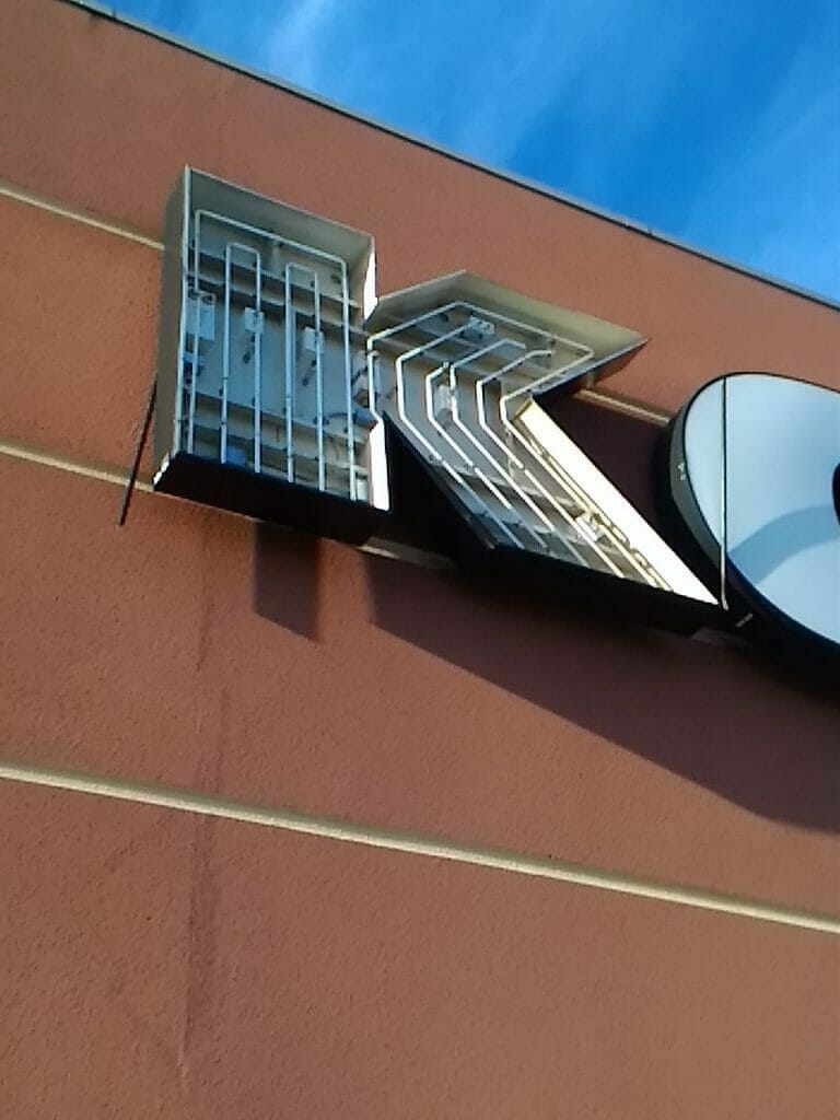 We can repair electrical signs with our professional sign team